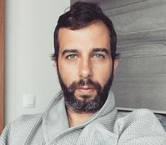 Иван Ургант: «Корявая рука коронавируса пришла за самыми лучшими из нас!»