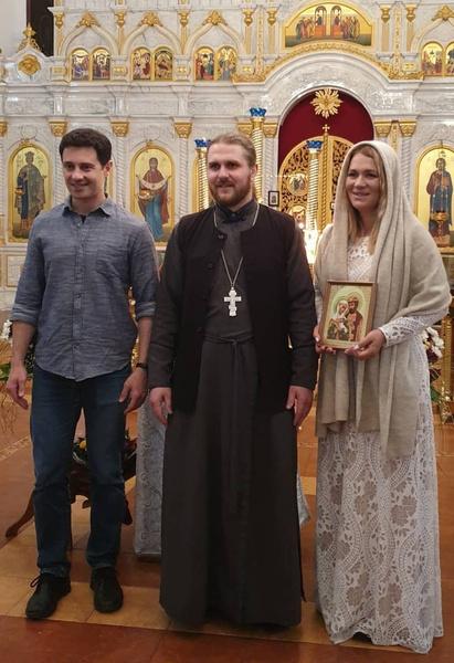 Жизнь Макарских изменила религия