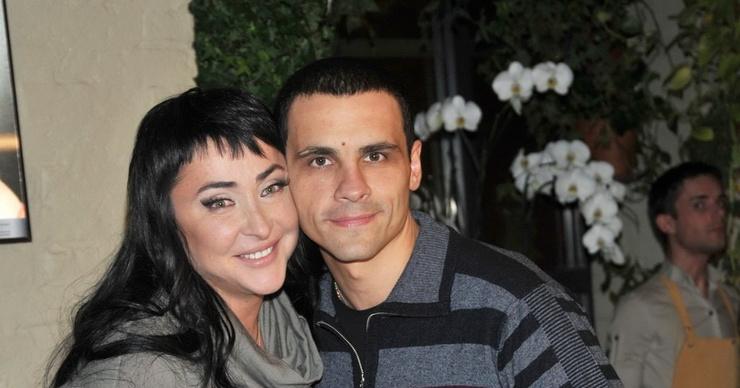 Супруг Лолиты показал, в каких условиях живет с новой возлюбленной