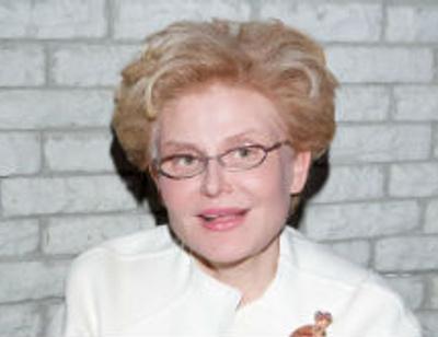 Елена Малышева рассказала, как сохранить семью при помощи таблеток