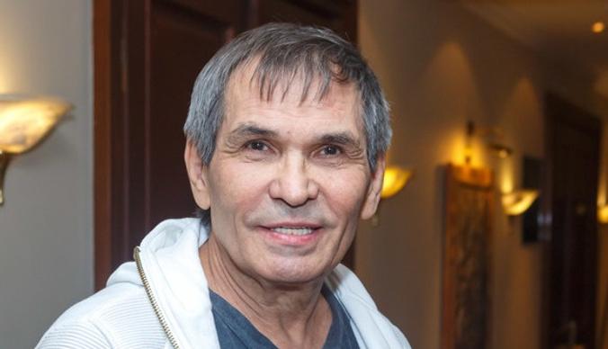 Обманувший семью Бари Алибасова мошенник вернул 550 тысяч за аферу с котом