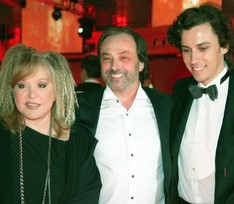 Любимый сценограф Пугачевой и Киркорова Борис Краснов впал в кому после повторного инсульта