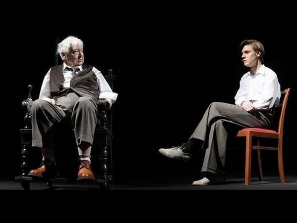 Павел и Олег Табаковы на сцене