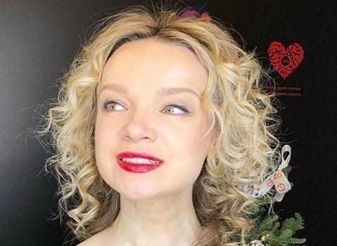 Виталина Цымбалюк-Романовская угрожает судом матери-одиночке