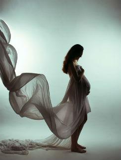 Парад беременных: Какие наряды выбирают звезды, чтобы скрыть интересное положение