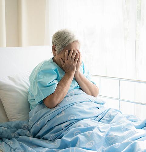 Бабушку оставили в больнице