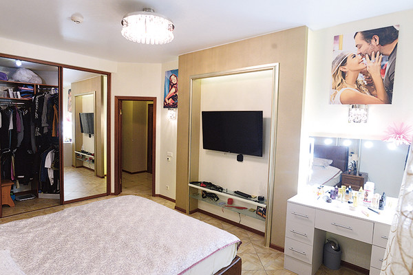Заработанные деньги Беркова вкладывает в недвижимость – это ее третья квартира