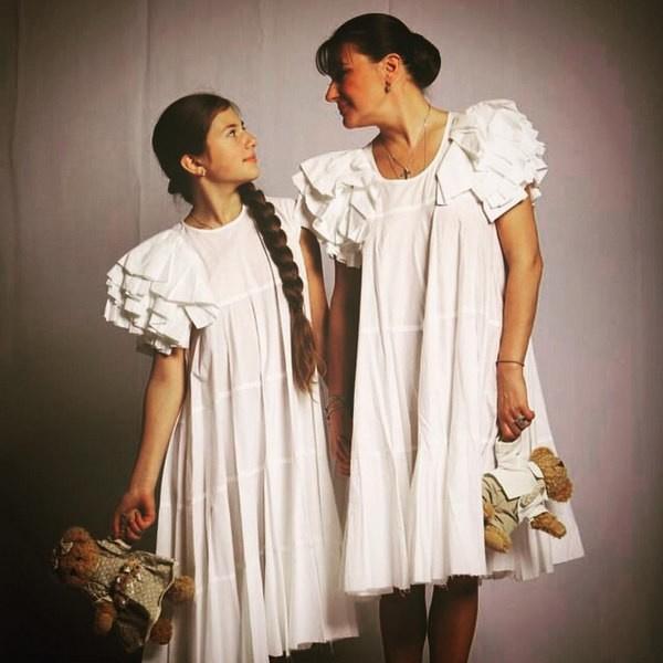 Анастасия Мельникова с дочерью Машей