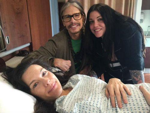 Стивен Тайлер с дочками Лив и Мией