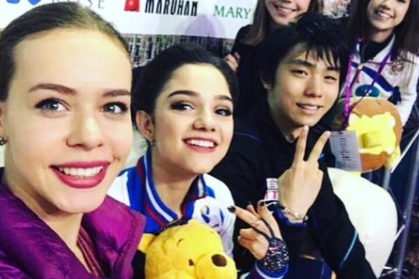 Алина Загитова постоянно ездит на соревнования