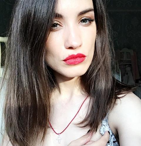 Виктория Дайнеко объяснила, почему оставила дочь