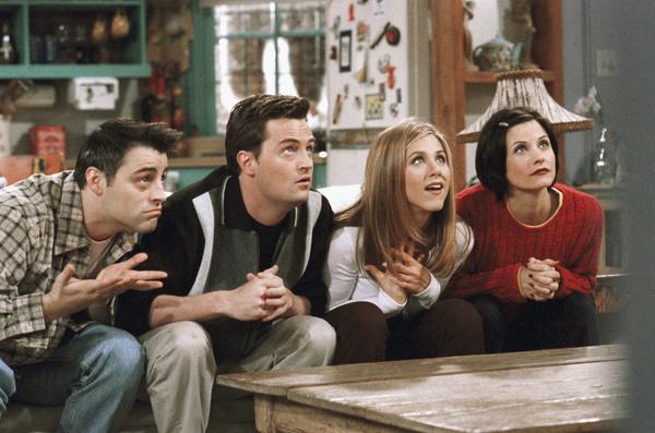 Коллеги по сериалу «Друзья» поддерживали Мэттью в сложный период