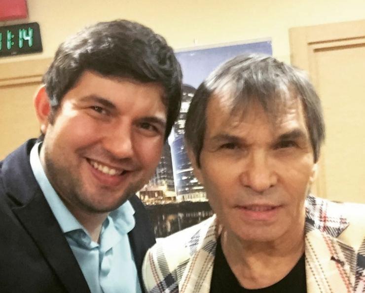 Певица считает, что Бари Каримович оказался в больнице из-за сына