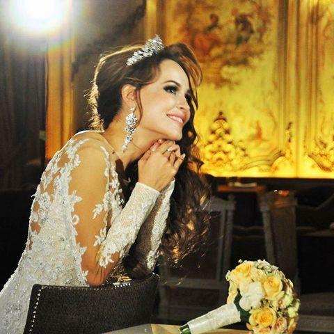 Анна по-прежнему надеется на свадьбу