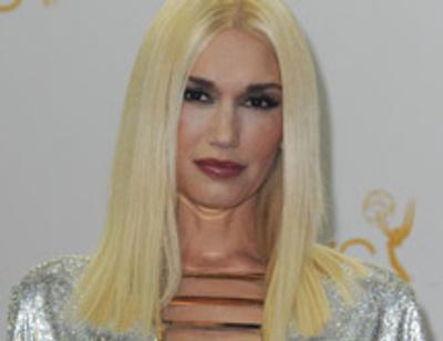 Гвен Стефани превратилась в клон Донателлы Версаче