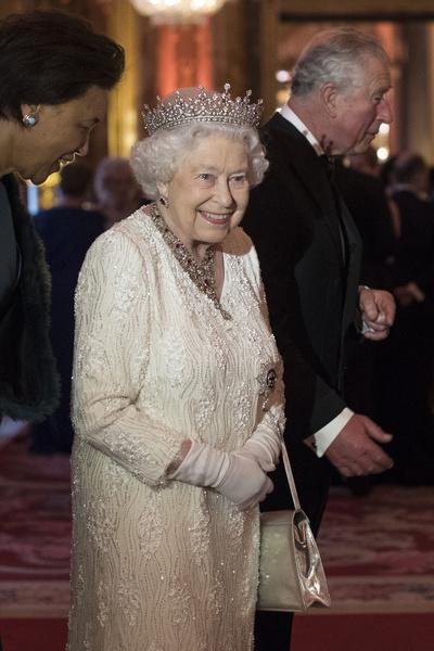 Королева очень любит сладкое