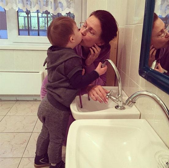 Новости: Эвелина Бледанс рассказала о том, как ее сын пошел в детский сад – фото №4