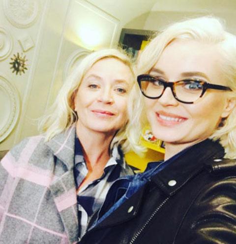 Полина Гагарина и ее мама Екатерина Мучкаева