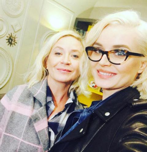 Полина Гагарина подарила маме ремонт в мужском стиле