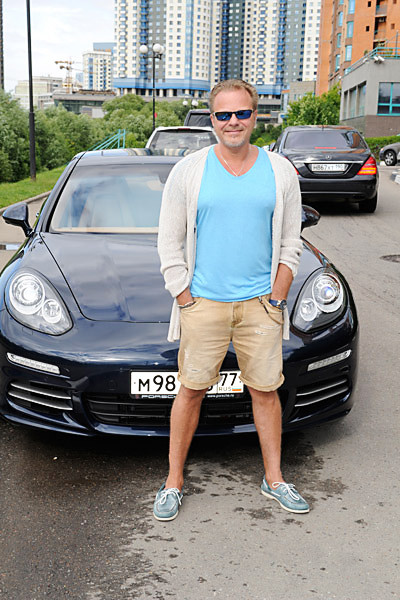 Новости: Владимир Пресняков ездит на машине стоимостью 8 миллионов рублей – фото №4