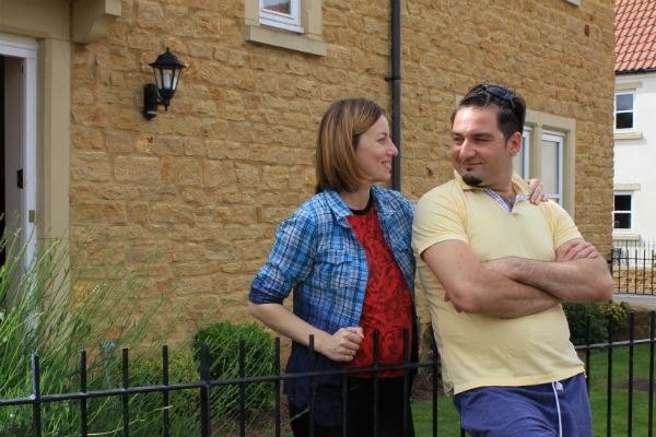 Таквор и Ирина снимают дом в Бристоле, около 180 км от Лондона