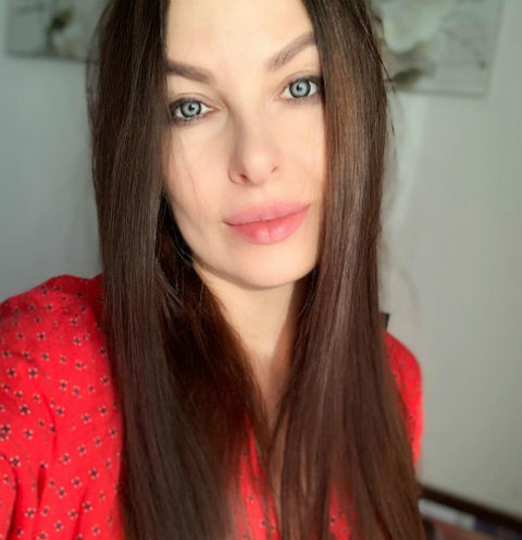 Наташа Краснова