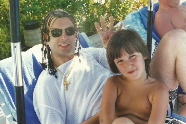 Маленький Миша с Филиппом в Тайланде, где прошли концерты в рамках тура «Лучшее. Любимое. И только для Вас». Январь 1998 год