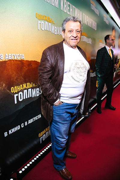 Режиссер на премьере фильма «Однажды в... Голливуде», Москва
