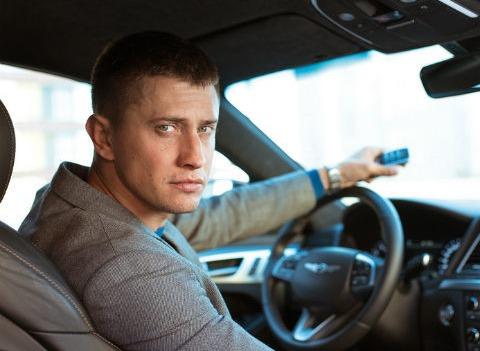 Машину из сериала «Мажор» продают за четыре миллиона рублей