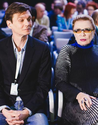 Филипп Янковский с членом жюри фестиваля Аллой Демидовой