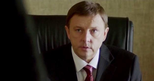 Алексей Нилов запомнился зрителям в образе полицейского Ларина