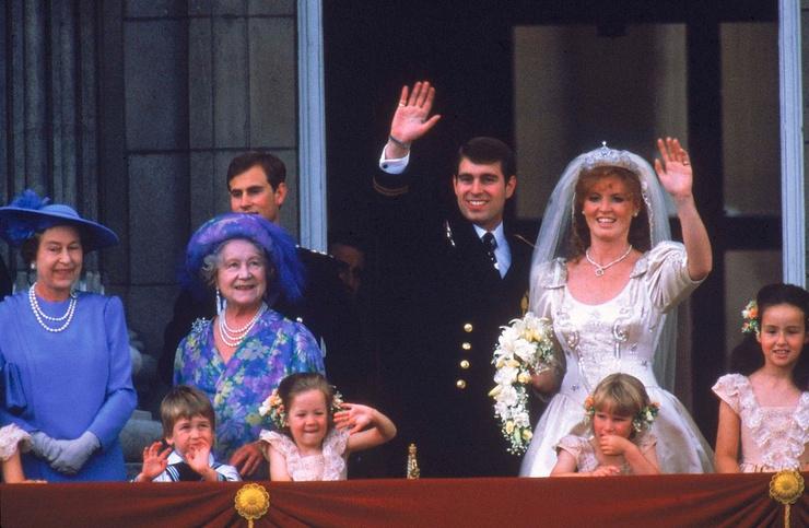Эндрю и Сара были одной из самых любимых пар англичан