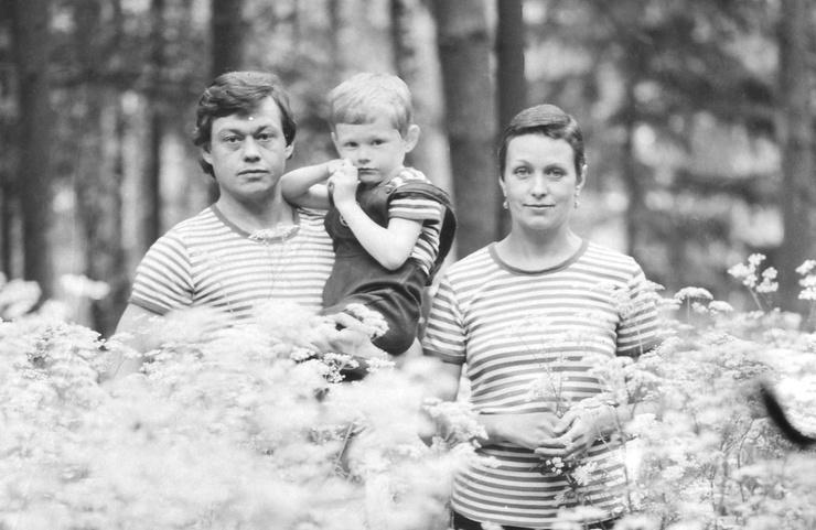 Лапину не смущало, что у Караченцова были жена и ребенок