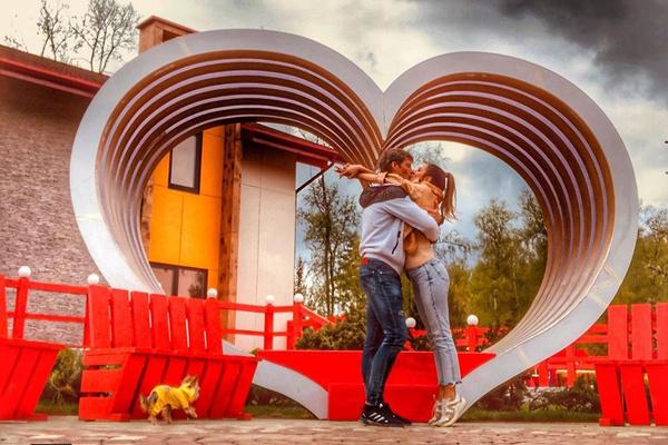 Для Задойнова брак с Ксенией — первый