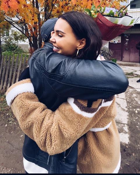 Оксана встретила отца впервые за 20 лет