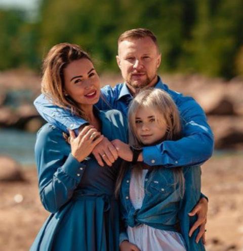 Екатерина, Вячеслав и Ксения Малафеевы