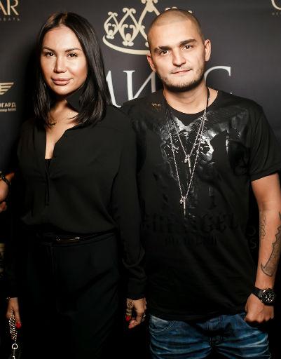 DINO MC47 с женой