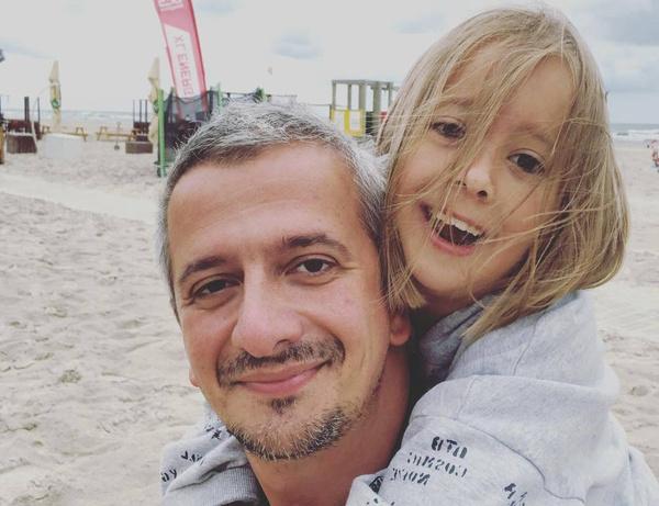 Константин уже давно познакомил дочку с новой женой