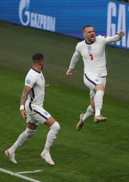 Сборная Англии вышла вперед на первых же минутах