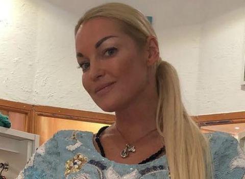 Анастасия Волочкова об измене бойфренда: «Дождитесь фото с нашей свадьбы»
