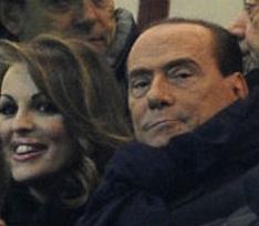 Берлускони помолвлен с юной неаполитанкой
