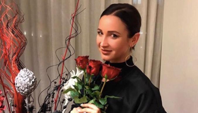 Ольга Бузова представила два новых хита на закрытой вечеринке