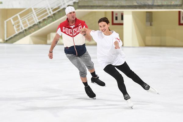 Роман Костомаров уже побеждал в «Ледниковом периоде» в паре с Юлией Ковальчук