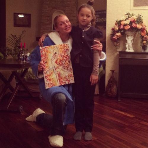 Ариадна подарила маме картину