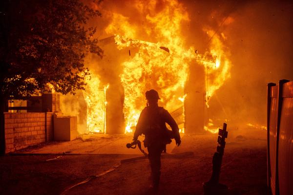 Лесные пожары в Калифорнии происходят практически каждый год