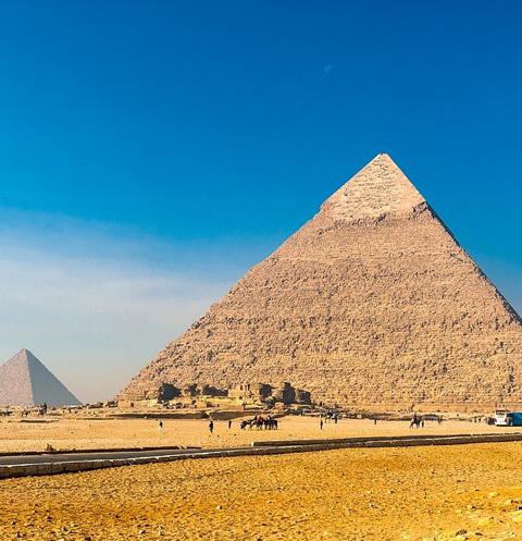 Общество: Вооруженный мужчина совершил нападение на туристов в Египте – фото №1