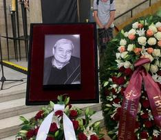 Придет ли Пугачева проститься с бывшим мужем: онлайн-репортаж с похорон Александра Стефановича