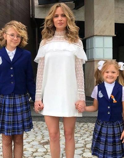 Глюк'oZa с дочерьми