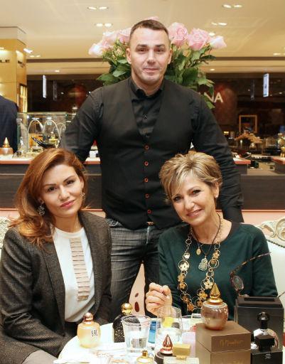Кирилл Андреев с женой Лолитой и Мартин Микаллеф