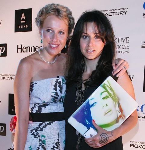Ксения Собчак и Тина Канделаки разругались в середине 2010-х